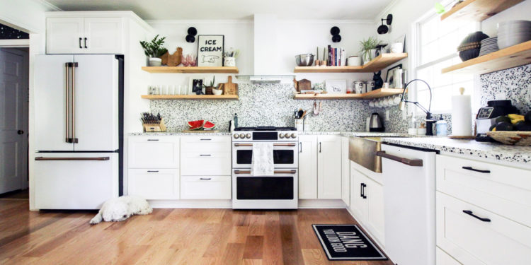 kitchen by Cassie Bustamante featured in NEST Magazine