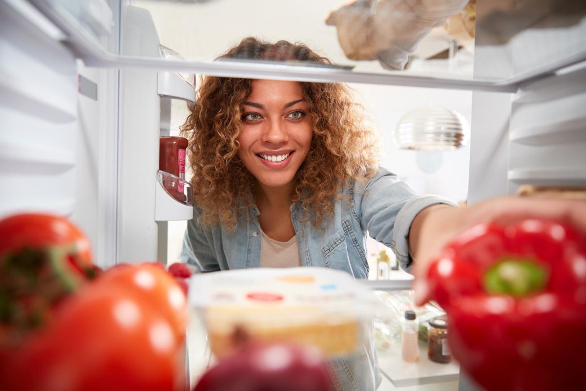 clean out fridge