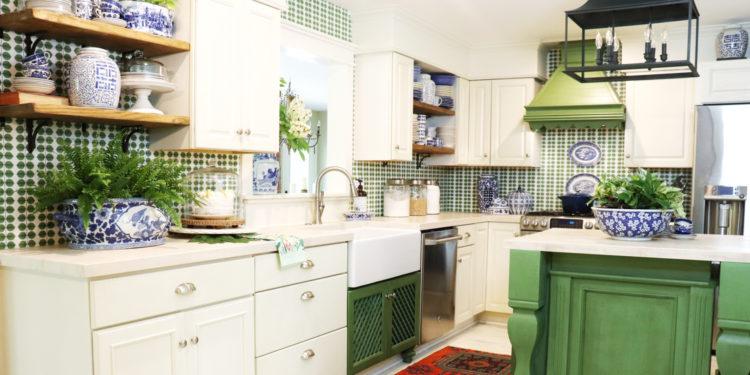 House Tour: Gorgeous Greens